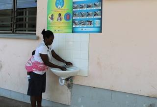 Lavar as mãos para prevenir contra o Coronavírus